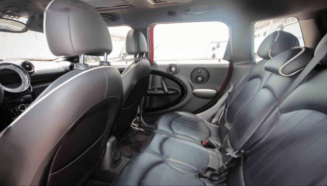 2014 ميني كوبر حمراء إس كونتري مان متوفرة للبيع في أبوظبي
