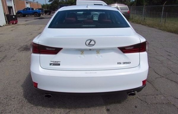 Used Lexus 350 for sale at affordable prices in Ras al-Khaimah