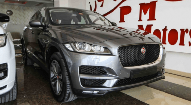 2017 grey Jaguar F-Pace 35t AWD available for sale in Abu Dhabi