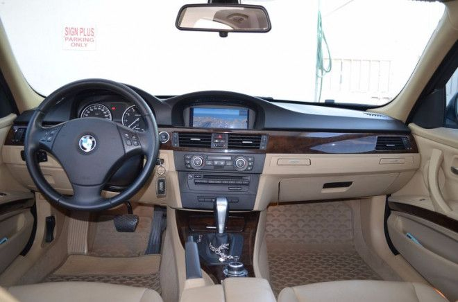 Bmw 330i 2010 Perfect Condition Inside And Outside For Sale In Dubai