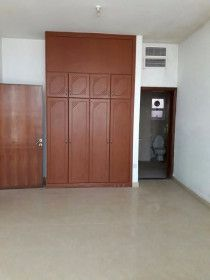 3 Bedroom Hall For Rent In Abu Dhabi - Tourist Club Area