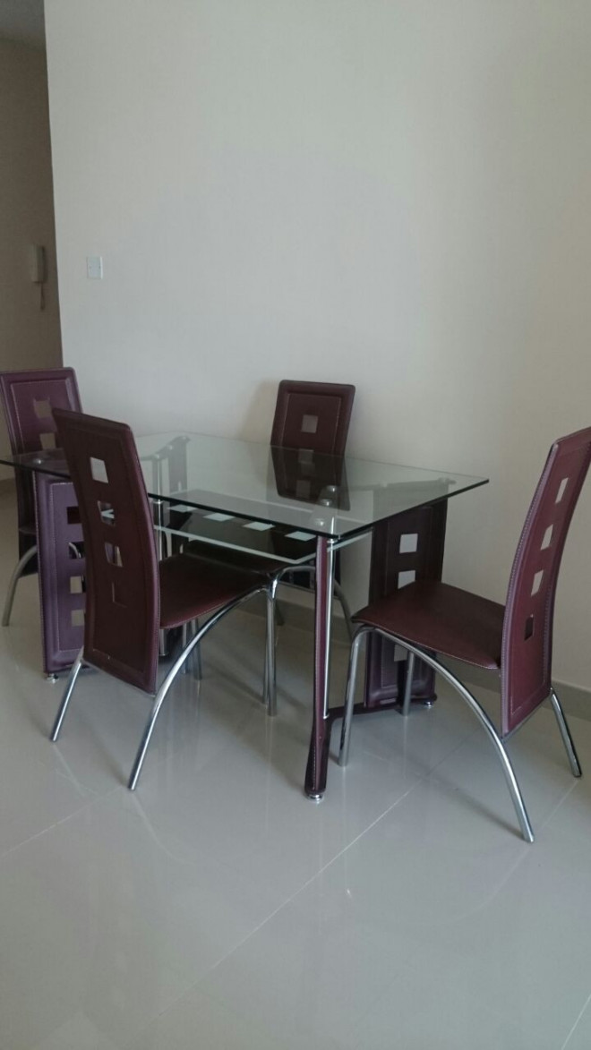 4 Sitter Dining Table For Sale