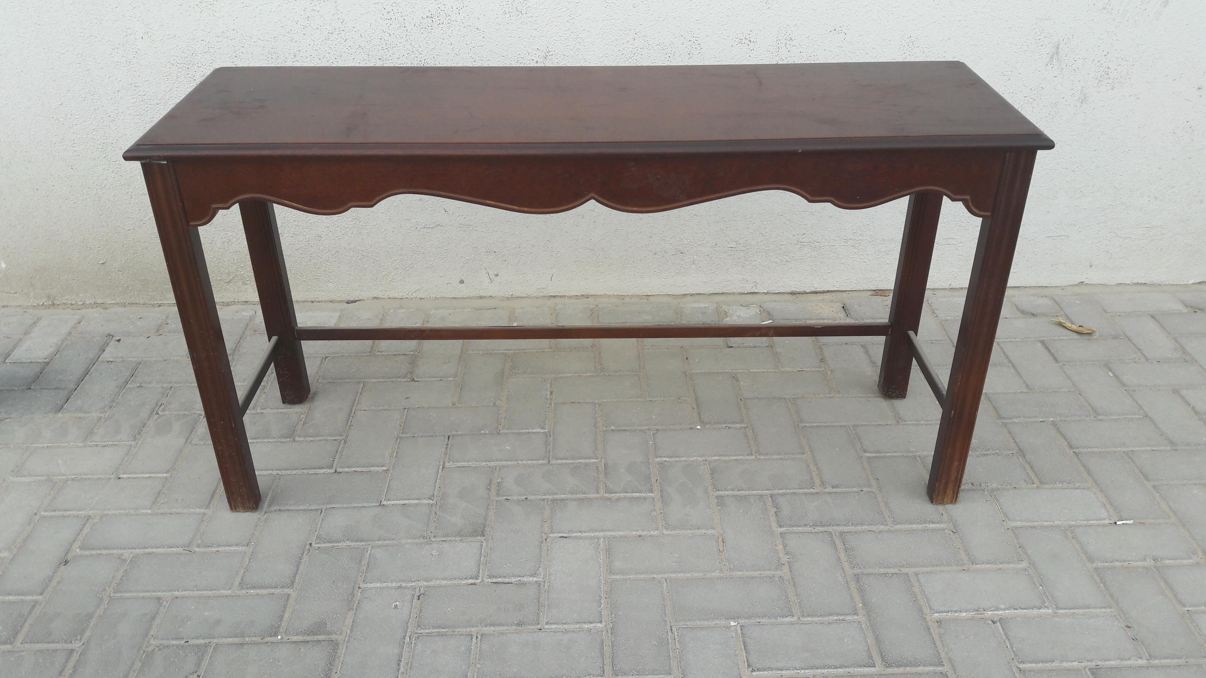 Cherry console table dubai uae storat for Table 9 dubai