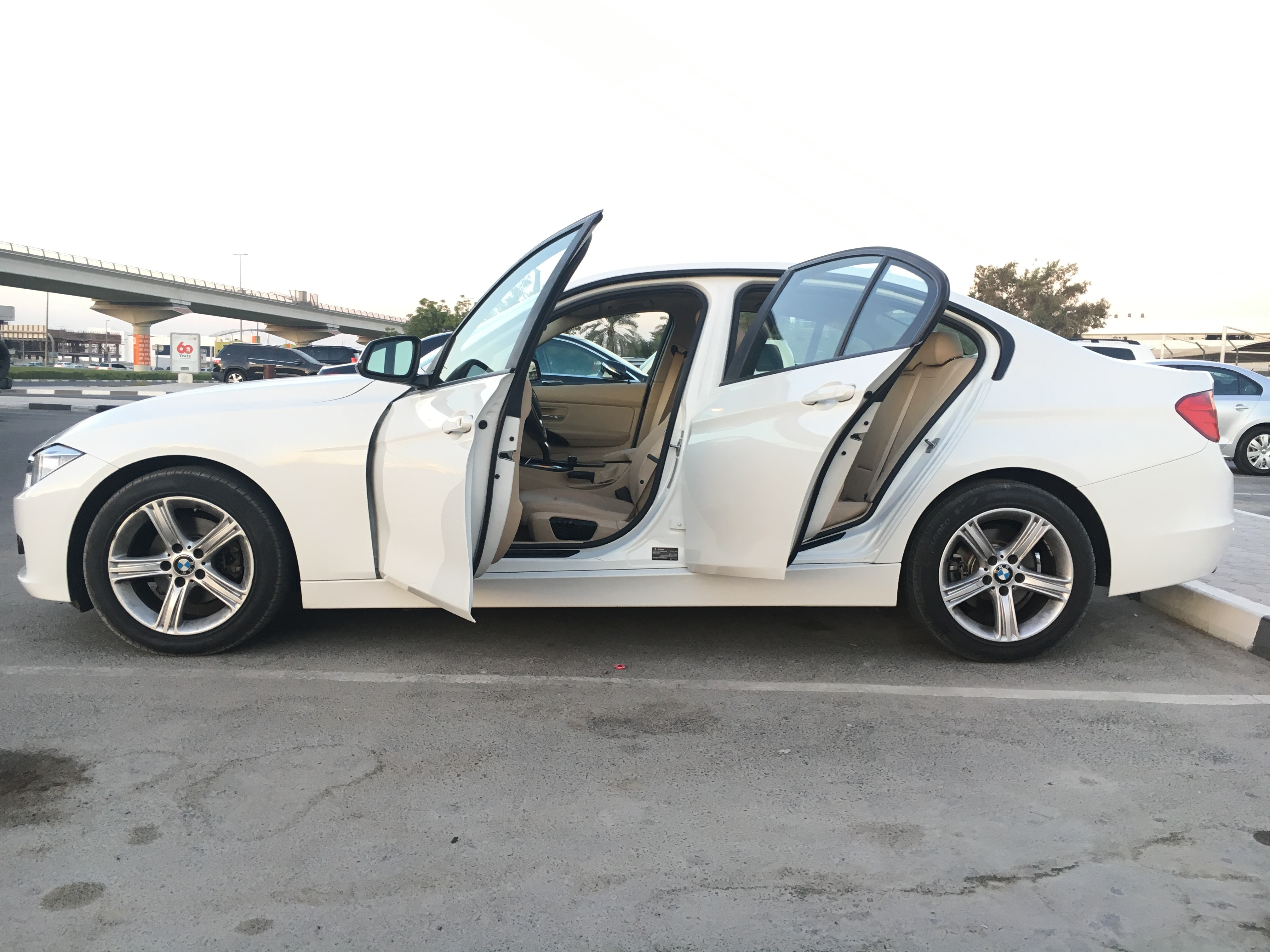 bmw i320 like new one 100 original paint under warranty