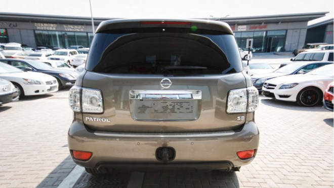 2013 Nissan Patrol SE Available for Sale in Abu Dhabi