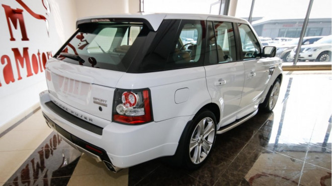 2011 Land Rover Range Rover Sport Supercharged HST For Sale in Abu Dhabi
