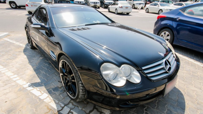 2006 Mercedes-Benz SL 500 Available for Sale in Abu Dhabi