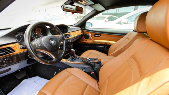 2009 BMW 330 i Available for Sale in Abu Dhabi