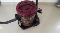Relocation Sale (Vacuum Cleaner _ Hitachi 950Y)