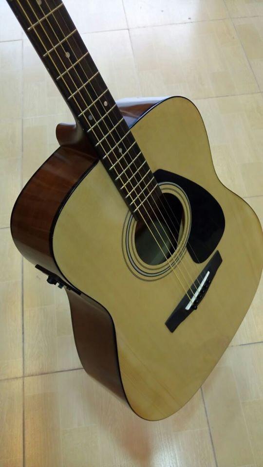 Semi Acoustic Yamaha F310 With Fishman Pickup