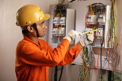 MAN POWER SUPPLY DUCTMAN ELECTRICIAN ,DUCT INSULATORS, PIPE FITTERS, MEP HELPERS