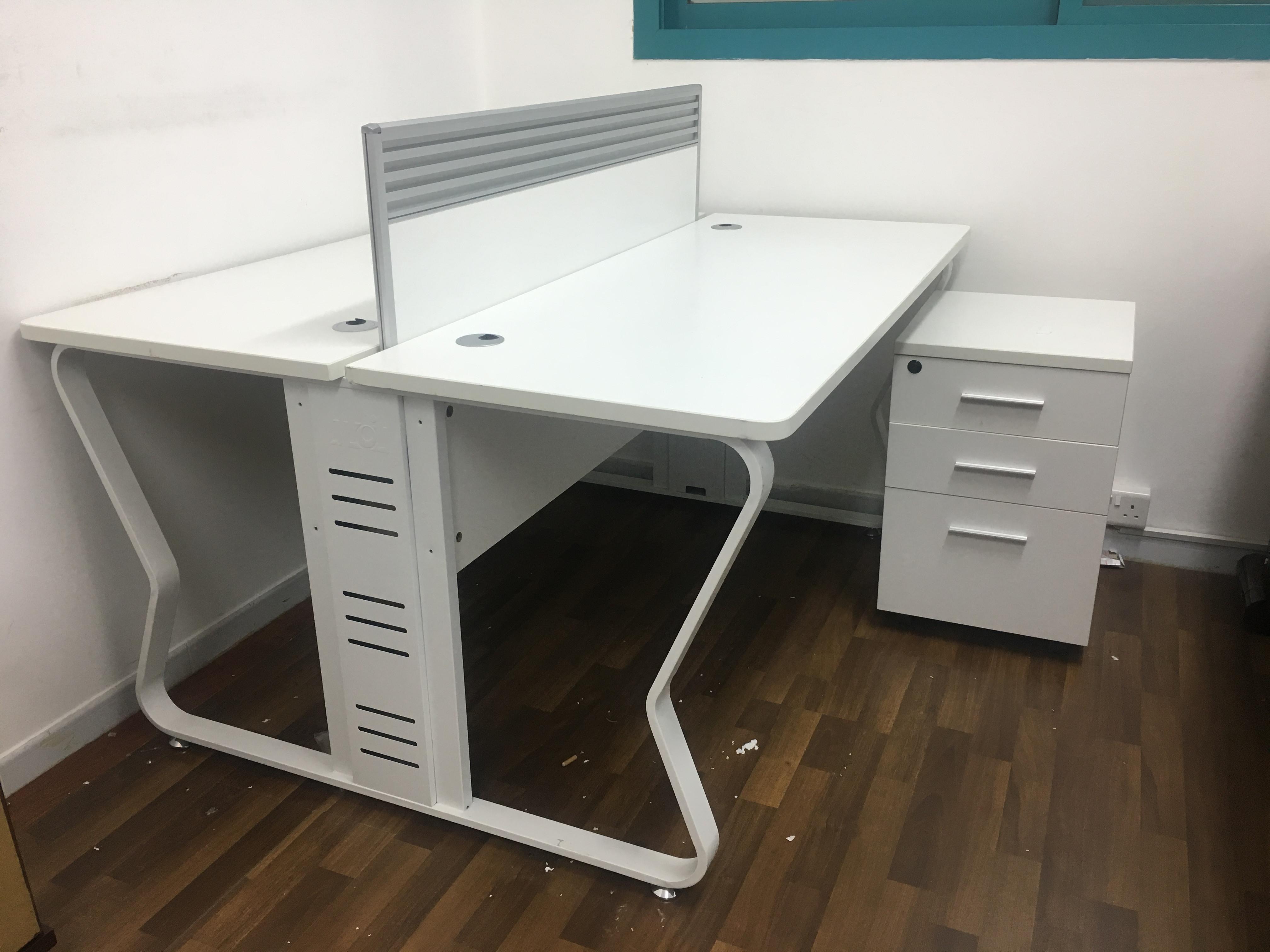 Office furniture at throw away price dubai uae storat for Where to throw away furniture