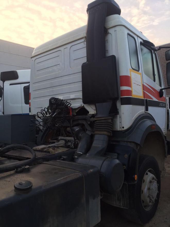 mercedes benz 2038  4+4 very good trucks