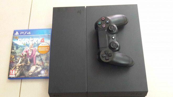 PS4 Mate Black
