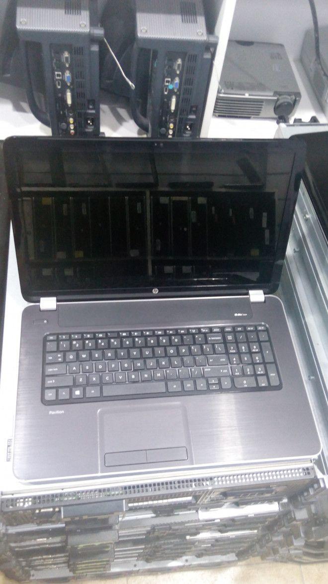 HP Pavilion AMD A10 17 E186NR Laptop For Sale