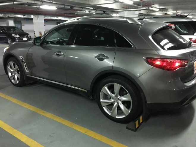 Infiniti FX V8 5.0 in mint condition driven by an executive expat