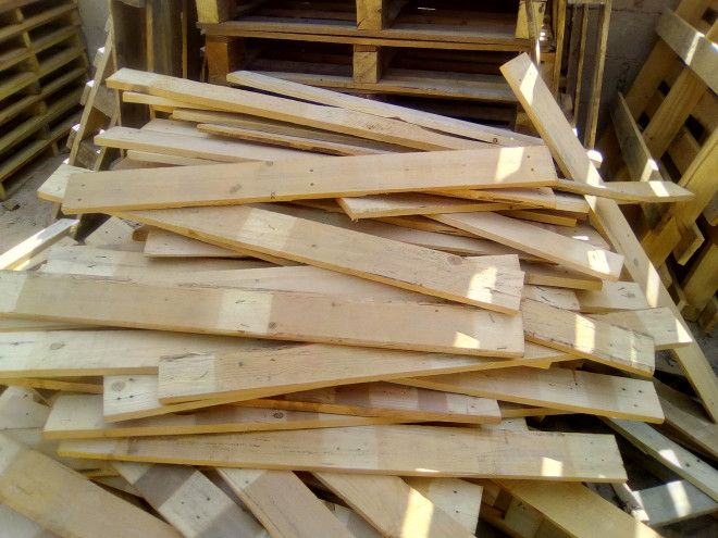 Wooden Pallets Planks And Skids For Sale In Dubai