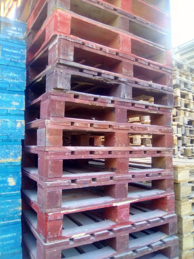 Used Wooden Pallets for companies-0555450341