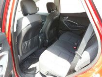 Hyundai santafe 2014, single owner use and in very good condition. No accident
