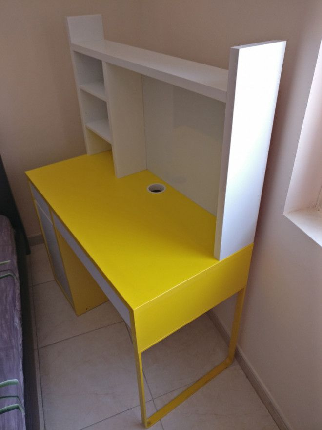 Ikea kids study table in good condition for sale dubai uae storat Home furniture online uae