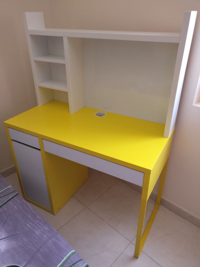 Ihram Kids For Sale Dubai: IKEA Kids Study Table In Good Condition For Sale.