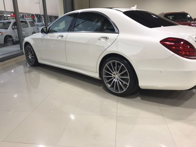 Mercedes S 400 for Sale in Abu Dhabi - White Color - GCC Spec