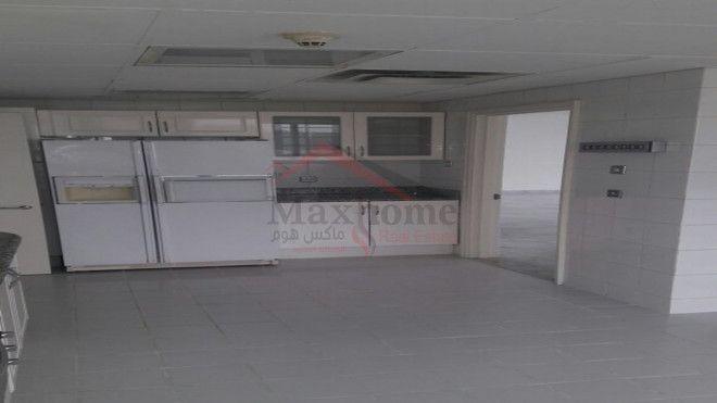 AMAZING  3 BEDROOMS FOR RENT IN KHALIDIYA