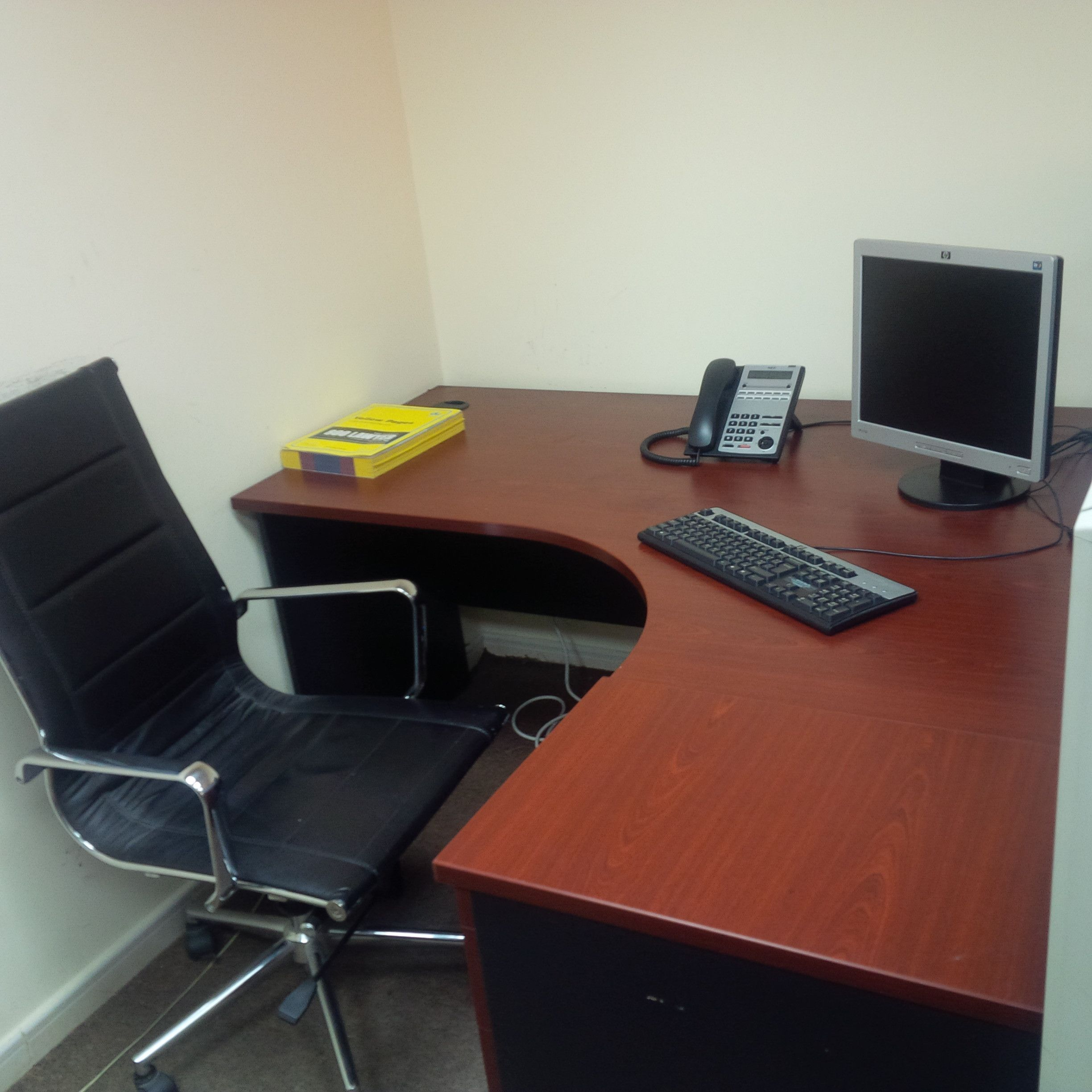 Used Office Furniture For Sale In Abu Dhabi Abu Dhabi