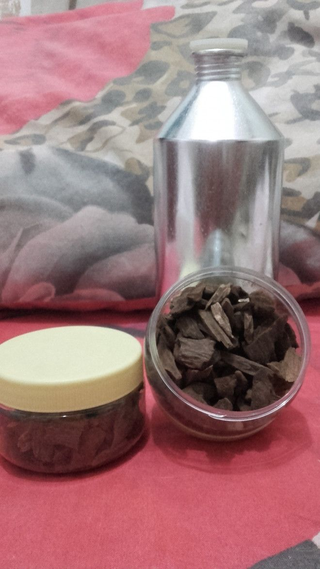 Aseel Oudh our Bakhur Available Good Quality our Good Price. from India ( Asam )