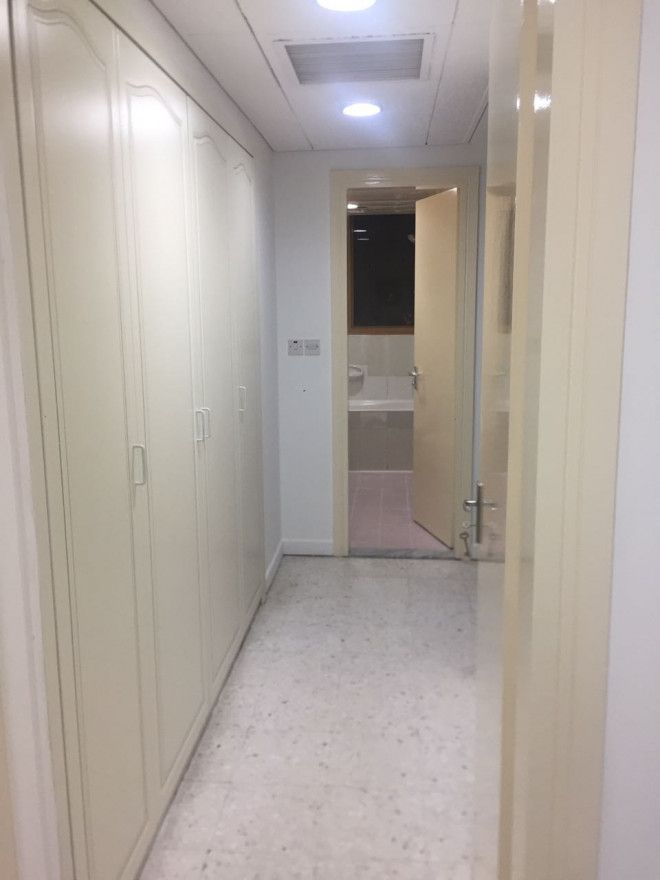 Rooms for rent in Electra street with Wifi, central AC, washing machine & etc..