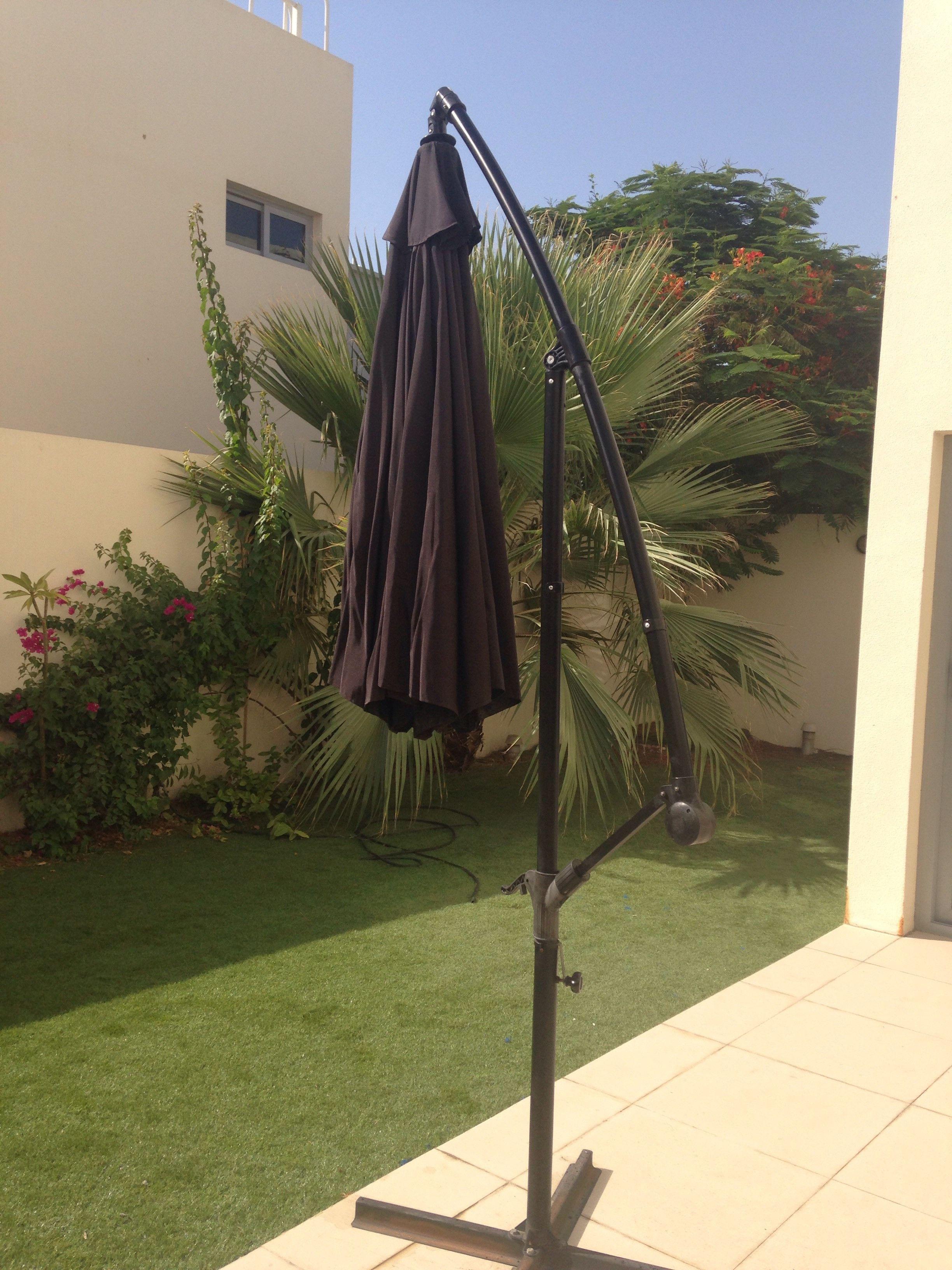 2 7 M X 2 7 M Round Cantilever Sun Umbrella Abu Dhabi Uae Storat