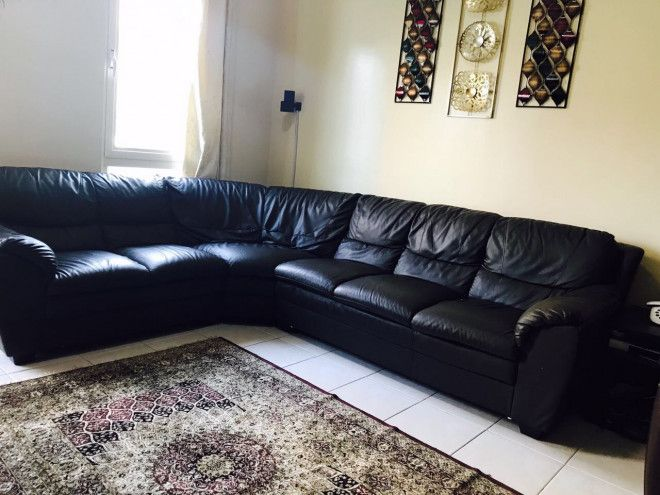 Sofa from Home center for urgent sale  Very good condition. Sofa from Home center for urgent sale  Very good condition   Dubai