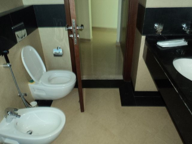 Stylish & Luxurious 3 BHK apartment with maids room+gym+pool+parking