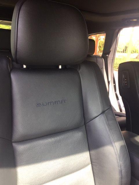 Spotless Jeep Grand Cherokee SUMMIT!  MUST SELL.