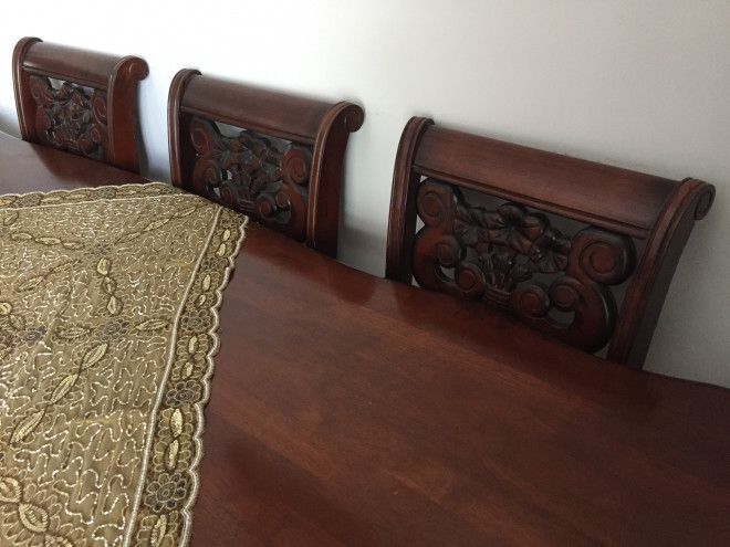 Dining Table Wth 8 Chairs Bought From Home Center Abu Dhabi Uae Storat