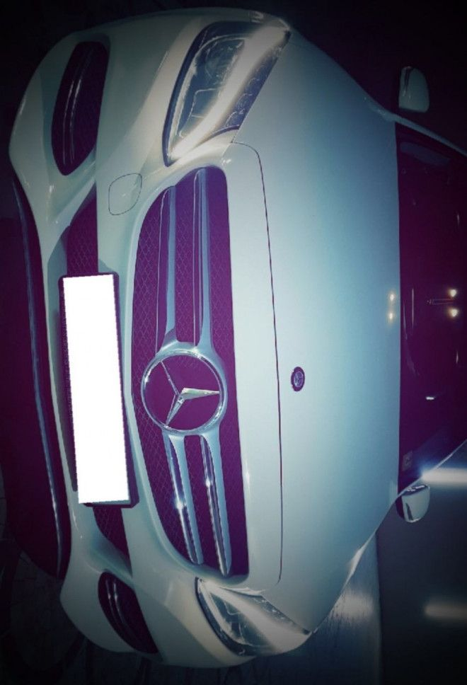 Mercedes C180 2015, lady driven, very clean