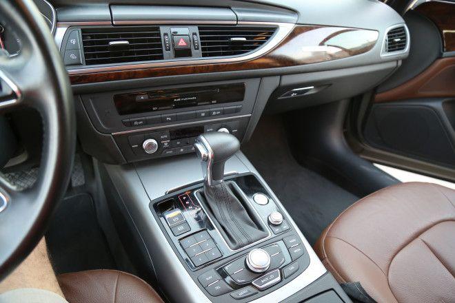 2012 Audi A6 Quattro 2.8L V6 Gulf Specs GCC Car Cabin Crew Owner Gray