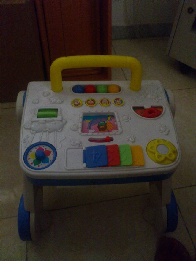 Baby Walker with attratcive cartons as per picture