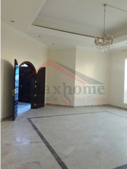 7 Master Bedroom Villa located in the town of Al Musrif