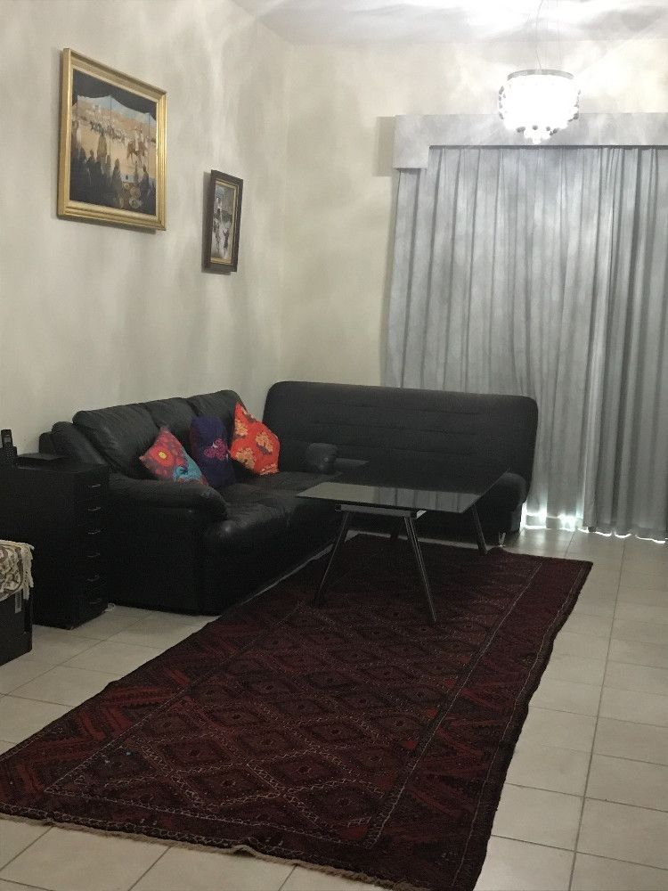 Back Leather Sofa 3sitters For Sale Price 200 Dhs Dubai Uae Storat