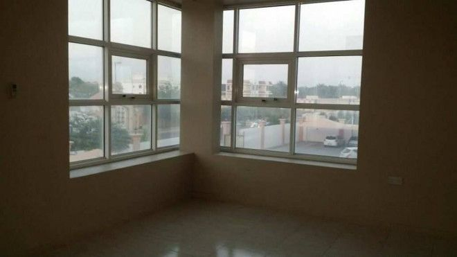 Beautiful flat with balcony for rent located at Sarooj Al Ain behind City center