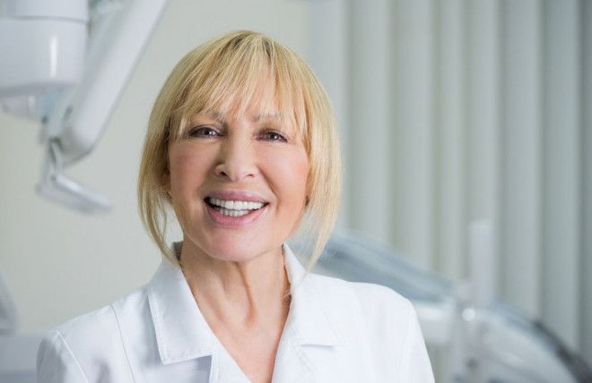Teeth Veneers in Abu Dhabi - Hollywood Smile in Abu Dhabi with Dr. Elizabeth | Bella Medical Centre