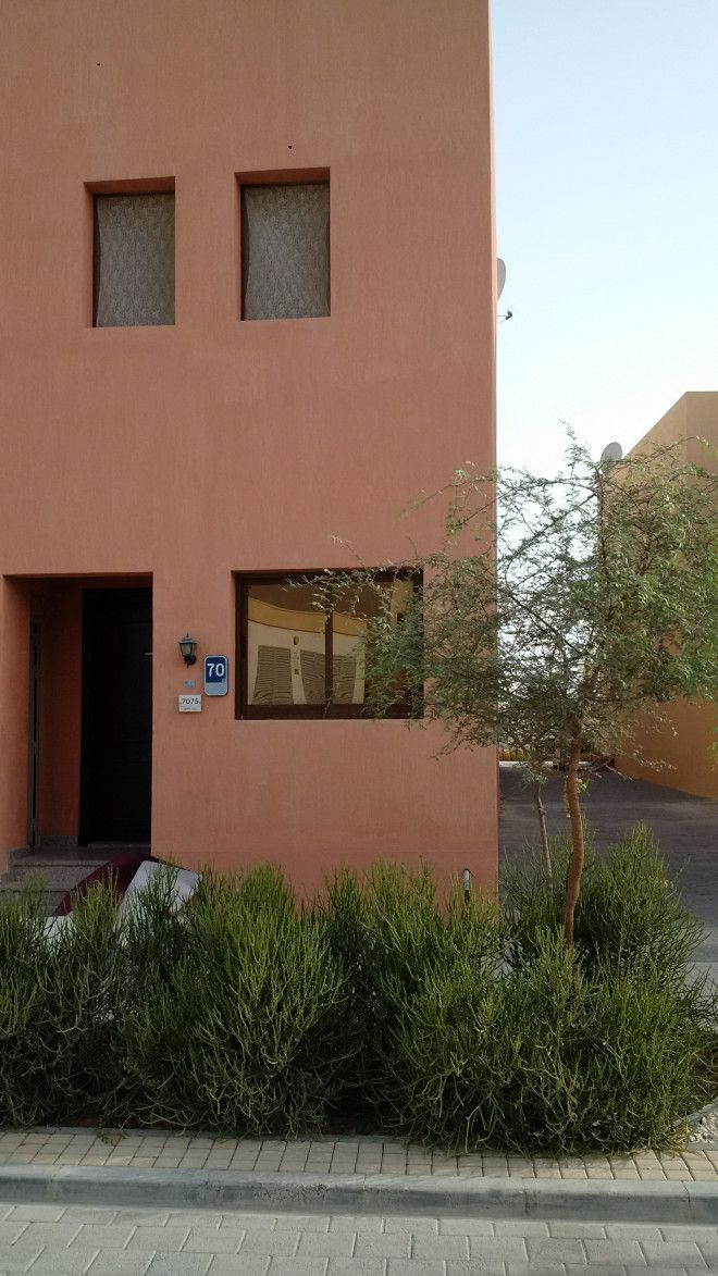 corner 3 BR with 3 bath R with extra ext Majlis in Hydra village