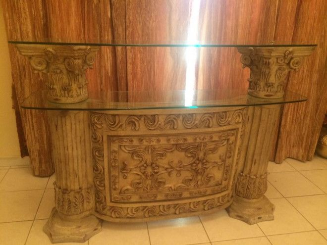 Dining 1 8 Console With Mirror Coffee Tables 1 2 Bar Counter With Racks Show Dubai Uae