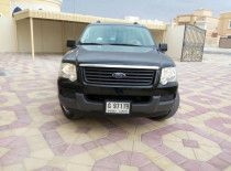 Ford Explorer with new  spare parts for urgent sale