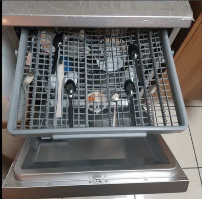 Hoover as good as new scratchless dishwasher