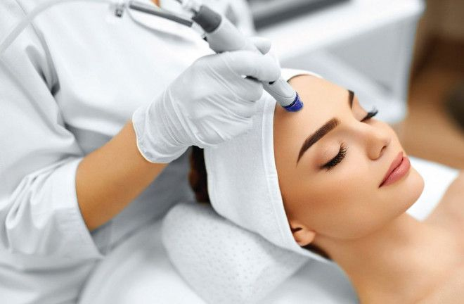 HydraFacial Treatment in Abu Dhabi for Only AED 419 | Bella Medical Centre