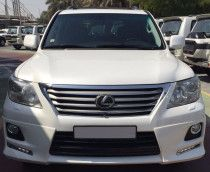 Very clean Lexus Lx470 2001  Dubai  UAE  Storat