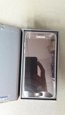 Samsung Galaxy S7 Brand New Mobile Phone for Sale