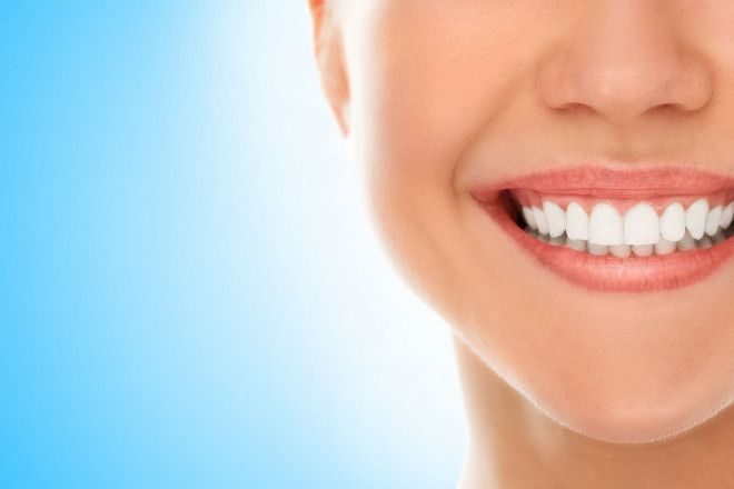 Special UAE National Day Offer: Teeth Scaling & Polishing Cleaning in Jumeriah at Spanish Center in Dubai